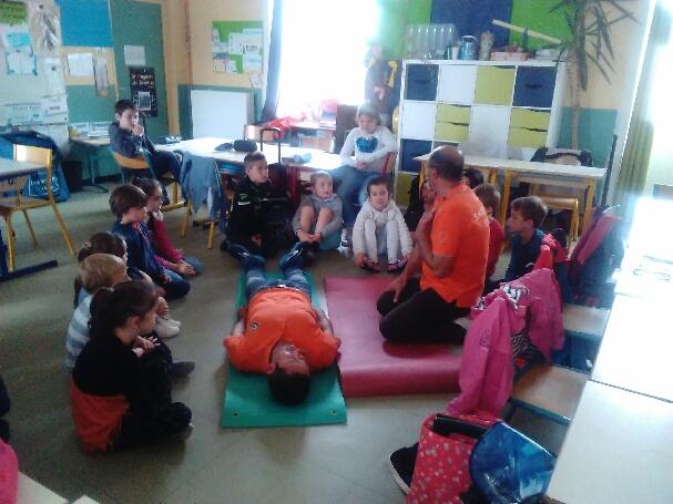 Journée secours en primaire